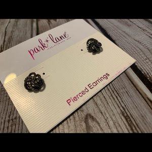 Knottie earrings